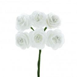 Rose bianche con pistilli